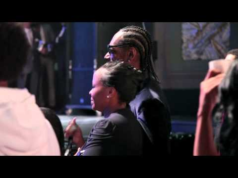 Dr Dre shouts out Warren G at the 2011 BMI Urban Awards