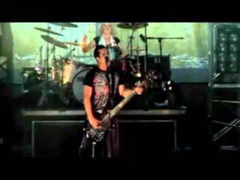 Skillet - Collide (Live)