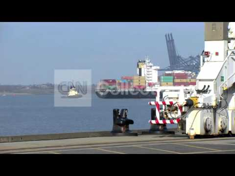 WORLD'S LARGEST CONTAINER SHIP ARRIVES IN THE UK