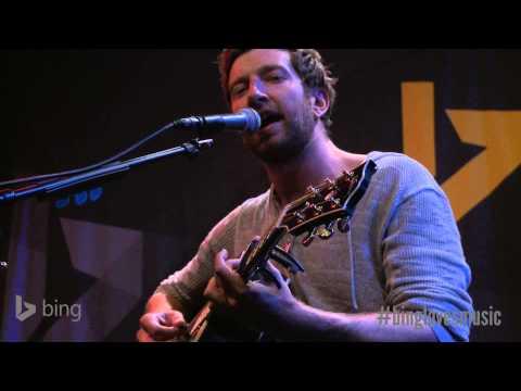 Brett Eldredge -- Mean To Me (Bing Lounge)