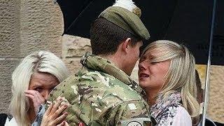 Quand les soldats rentrent chez eux par Surprise #5