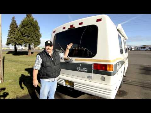 RV Sales of Oregon 1998 Winnebago Rialta 21' STOCK# CM2052