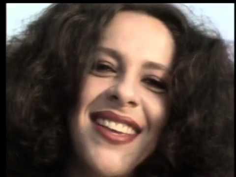 gal-costa-azul-clipe-1982-calulinho
