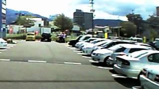 国道へ突入した右折車が加害事故!!!! 交通違反! thumbnail