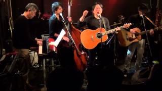 ビートルズをこよなく愛する新潟県が活動拠点の「PLASTIC KOBA BAND」で...