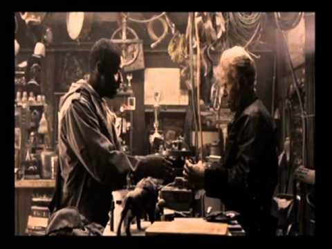 The Book of Eli - Shopkeeper's scene