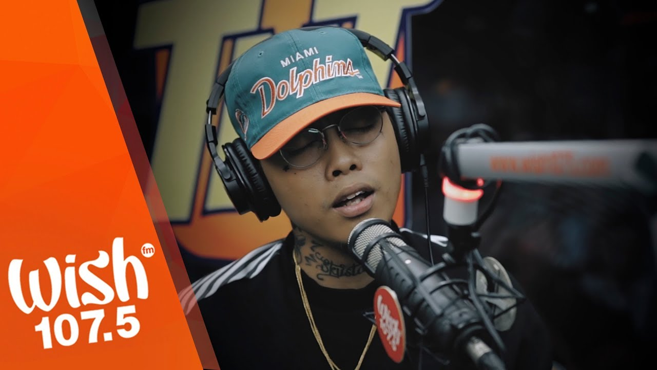 "Skusta Clee performs ""Zebbiana""  LIVE on Wish 107.5 Bus"