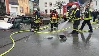 Mehrere Verletzte bei Küchenbrand in Kordel
