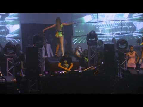 DJ Mag # 25 DJ in the world 2010 - Bobina - Live s...