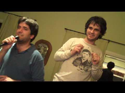 """Karaoke """"I will survive"""" en El Recuerdo, Uruguay"""