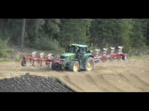 John deere tractor with exclusive LAFORGE dynacontour system and Automatic Sequence Activation