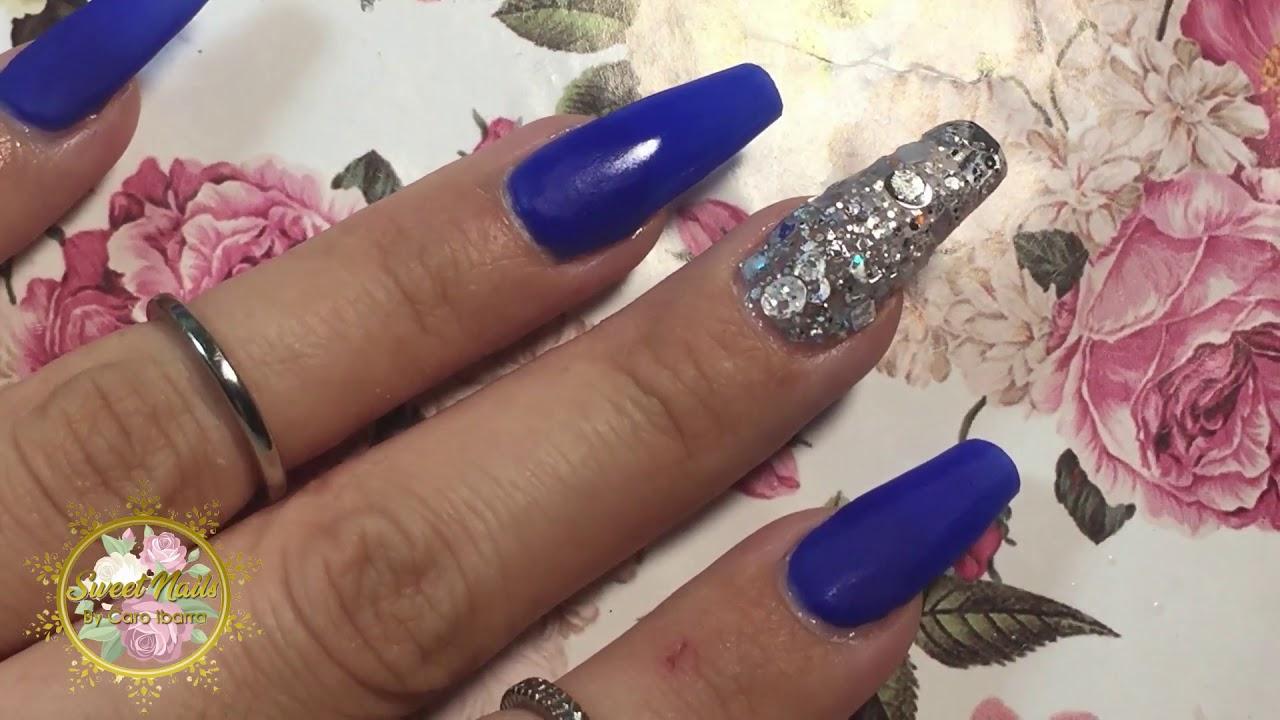 Uñas De Acrilico Azul Rey Con Efecto Espejo