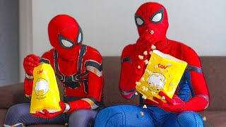 SPIDER-MAN Day Off In Real Life | Popcorn, Watch The Movie and Fighting Bad Guys | Bỏng Ngô