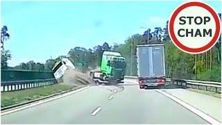 Wywrotka ciągnika siodłowego z lawetą na S12 - obwodnica Puław #626 Wasze Filmy