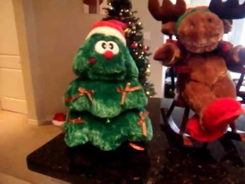 Singing and Dancing Christmas Tree - YouTube