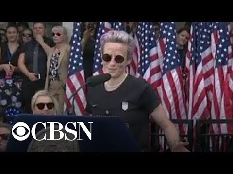 """I couldn't be more proud"": Megan Rapinoe speaks as New York City honors Women's World Cup champi…"