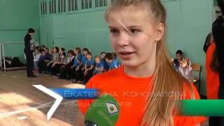 Мастера спорта дали школьникам урок самообороны