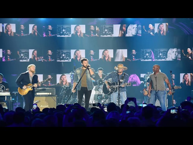 Jason Aldean, Darius Rucker and Charles Kelley Open CMT Music Awards with Tribute to Gregg Allman
