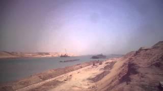 قناة السويس الجديدة : مشهد للملاحة بمدخل قناة السويس الجنوبي والسفن والكراكات