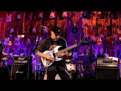 "Tom Morello ""Save the Hammer"" Guitar Center Sessions on DIRECTV"