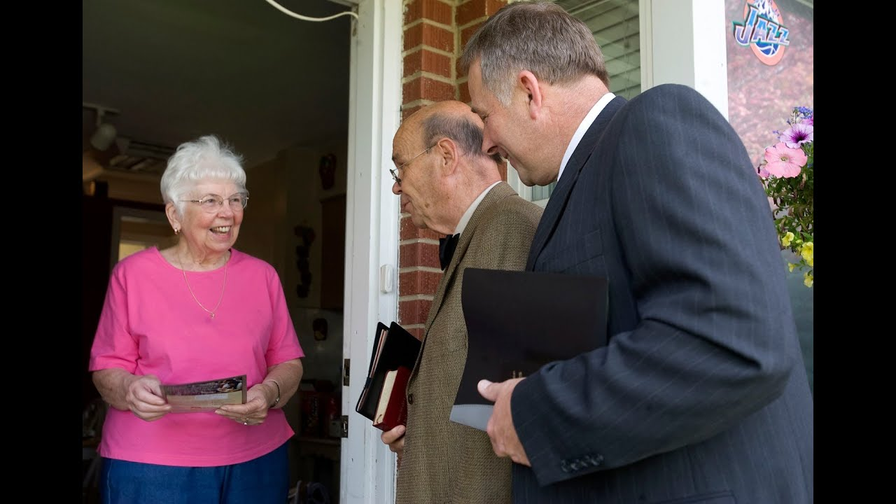 Jehovah S Witnesses Door Knocking Ministry Is Not Biblical