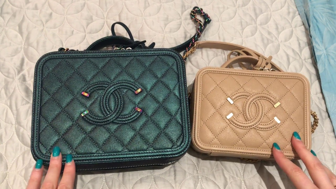 2a0a67b3dc1e Chanel Vanity Case Comparison And What Fits Small Vs Medium Youtube