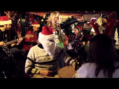 Under the Mistletoe (Official Video) - SaraBeth
