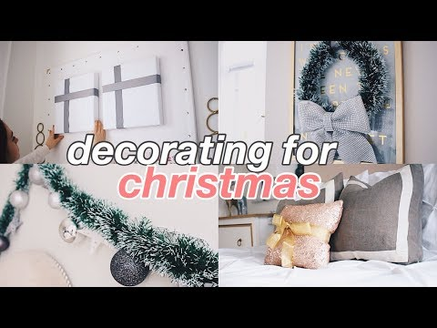 DECORATING MY ROOM FOR CHRISTMAS!