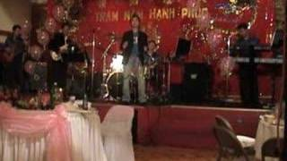 The New World Band - Tieng Gio Xon Xao - Tran Hoan Vu