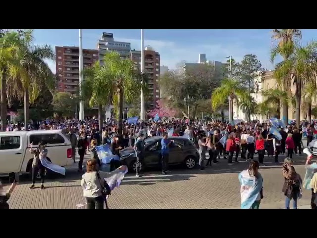 Manifestación frente a Casa de Gobierno en Santa Fe
