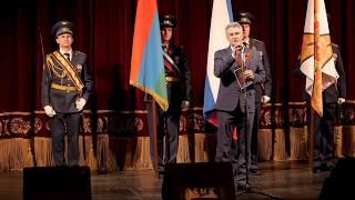 Смотреть видео Салют Победе! Петрозаводск. Музыкальный театр. 6 мая 2019 г. онлайн