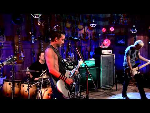 "EXCLUSIVE Bush ""Chemicals Between Us"" Guitar Center Sessions on DIRECTV"