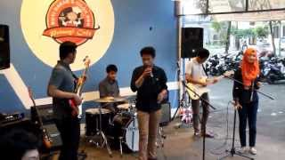 Mid Of The Green House - Happy Ending   Abdul And The Coffee Theory Cover