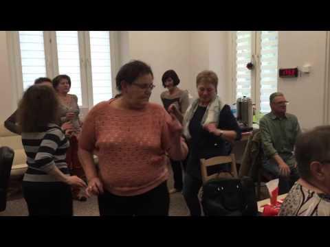 Spotkanie karaoke w Centrum Seniora. Pabianice 27.04.2016