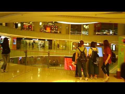 walking tour,  Mong Kok Moko Shopping Plaza -  3, Hong Kong, 2017