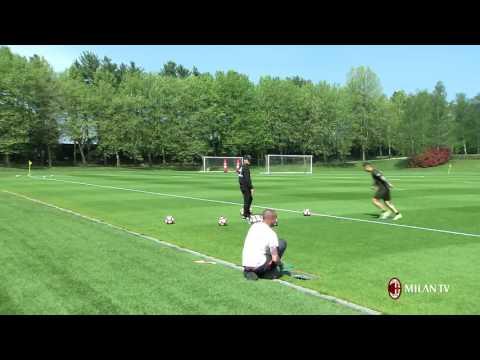 Corner flag challenge: Vincenzo Montella vs Gianluca Lapadula