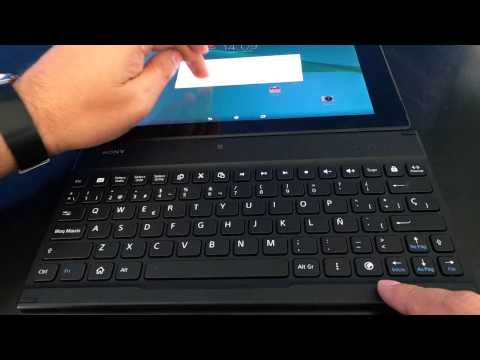 Sony Xperia Tablet Z2 con teclado Bluetooth BKB10