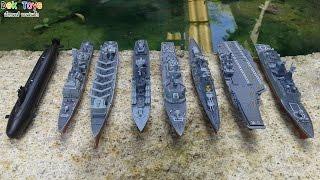 แบบจำลองเรือ ทั้งเรือลาดตะเวน เรือบรรทุกเครื่องบิน เรือดำน้ำ เรือส่งกำลังบำรุง ฯลฯ