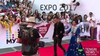 Наряды казахстанских звезд на красной дорожке премии МузТВ 2015