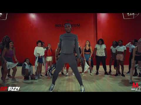 POP UP SOCA CLASS SOCA KINGDOM - MACHEL MONTANO | CHOREO @BIZZYBOOM