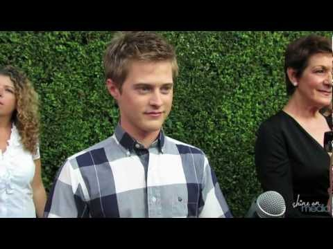 "Lucas Grabeel Interview - ""Switched at Birth"" & New Music"