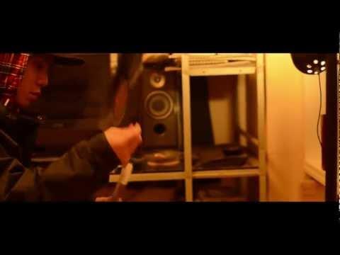 RHYME BOYA feat.BLAHRMY / BIGVILLAGE (a.k.a. swpa swwpaa M.V.)