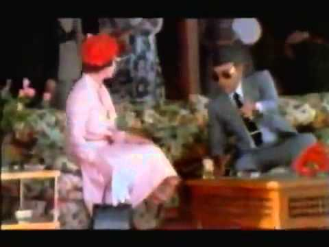 Queen of England and King of Morocco.flv