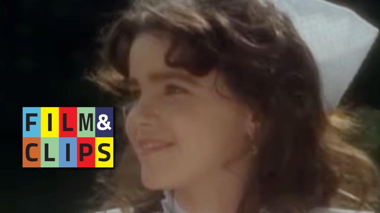 Passaggio all'Adolescenza - Clip da Piccole Labbra by Film/u0026Clips