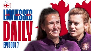 """""""I Think I Just Ate a FLY!"""" 
