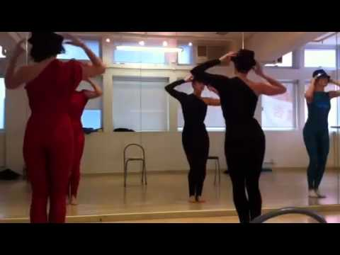 French song modern dance