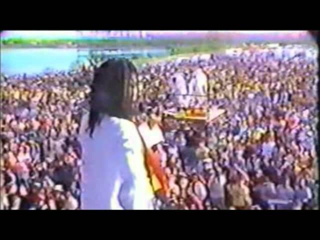 peter-tosh-speech-about-legalization-montego-bay-1982-11-27-jamaican-world-music-festival-peter-tosh