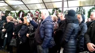EBihoreanul.ro: Dalia Duca, Tânăra împuşcată De Fostul Iubit, A Fost înmormântată, Oradea