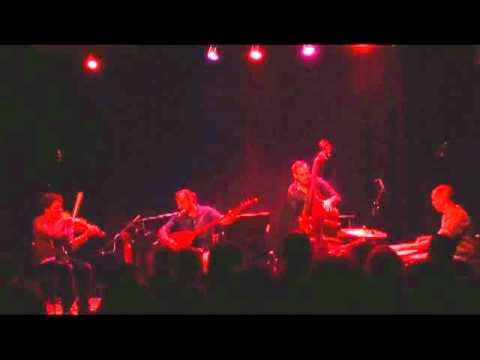 YOL HIKAYESI Anan Varmidur 23-07-2011 concert cave poésie
