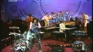 Carpenters - Karen Carpenter Drum Solo ( 1976 )